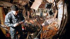 При експлозии в метрото на Москва загинаха най-малко 50 души