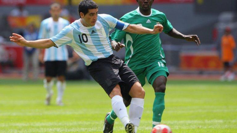 Аржентина ще има божественото докосване на Хуан Роман Рикелме, потвърдил участие в тима за 2017-а.