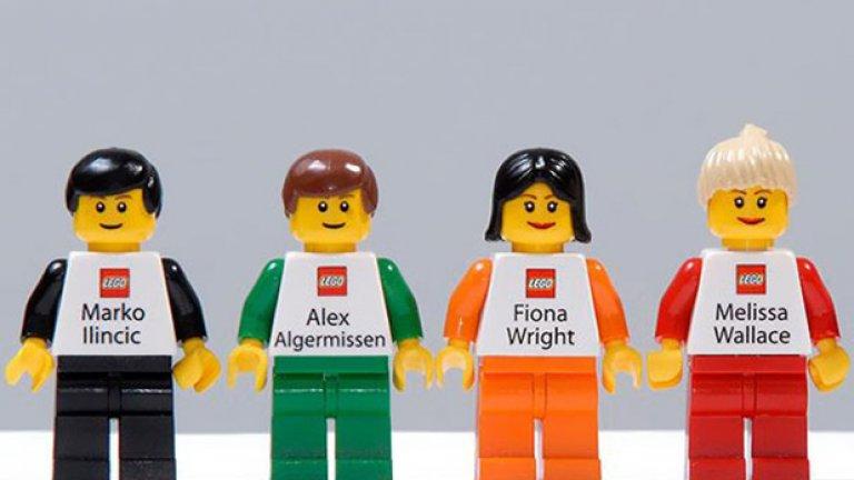 """Служителите на """"Лего"""" имат наистина разпознаваеми визитки"""