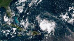 """Извънредно положение във Флорида заради урагана """"Дориан"""""""