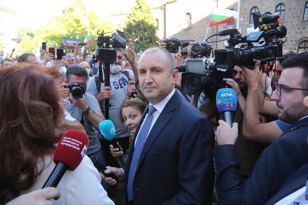 Държавният глава призова да се извади мафията от изълнителната власт и прокуратурата