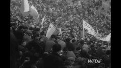 През 1969-а българският футбол поставя и до днес ненадминатия си рекорд по най-много привърженици зад граница - 8500 на мач във Варшава.