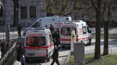 Самоубиецът е 28-годишен мъж, обявиха турските власти