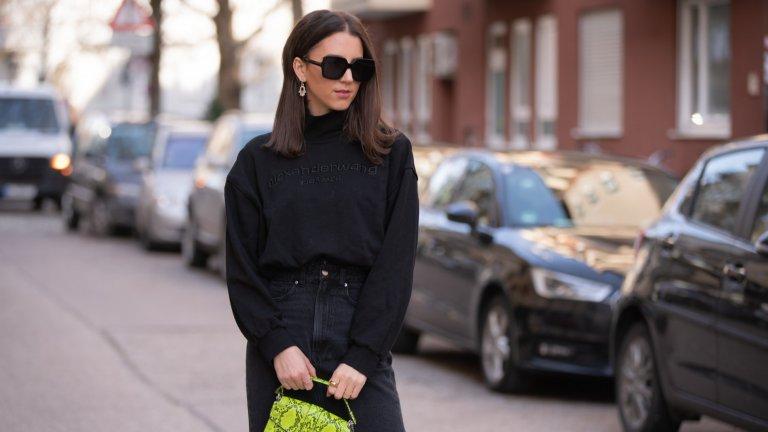 """Не изпадайте в """"черен период""""И въобще – не изпадайте в разнообразни """"цветни периоди"""", в които не можете да спрете да носите един определен цвят. Много жени, особено по-млади, залитат в носенето на изцяло черни или изцяло бели и бежови дрехи, защото смятат, че така не рискуват и изглеждат стилно. Това е гаранция, че след няколко седмици около вас ще се чудят дали не носите дрехите от вчера или онзи ден. Ярките цветове могат да са стилни, не се плашете от тях."""