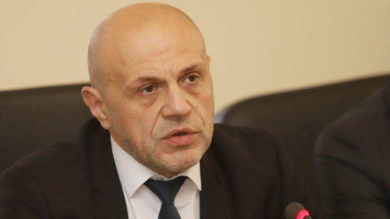 Томислав Дончев: Обсъждаме вариант за оставка в края на септември