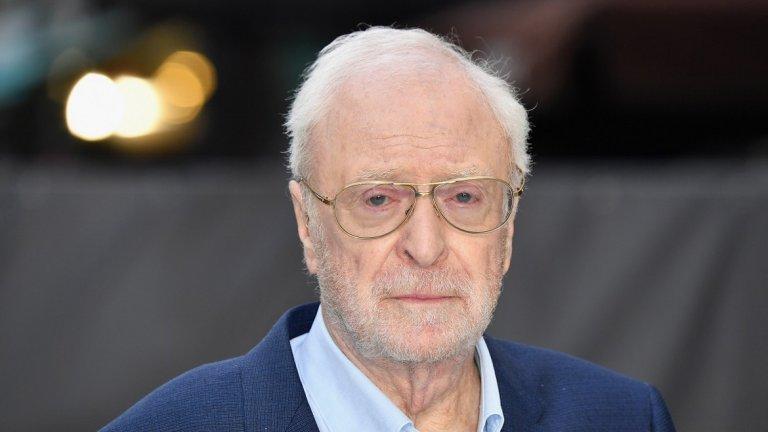 """Благодарение на това днес 85-годишният Кейн има още 40 филма към впечатляващата си филмография и един """"Оскар"""" в повече."""