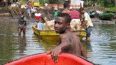 Нигерия и България си приличат по безобразните магистрали и корупцията