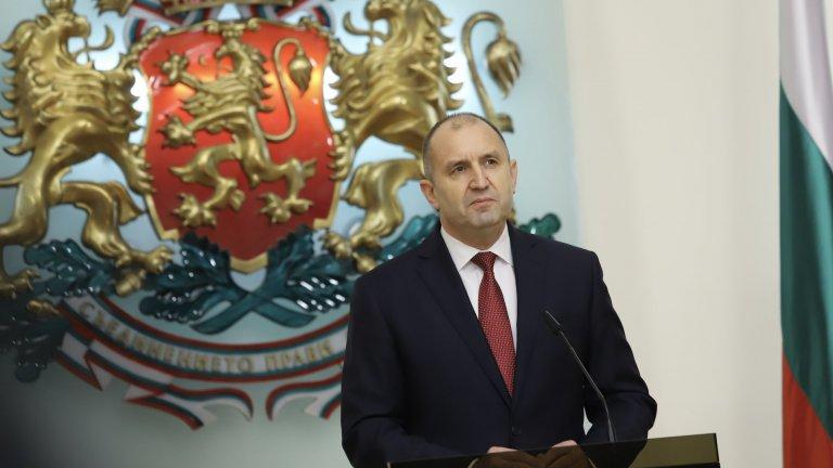 Държавният глава отправи поздрав по случай Деня на храбростта