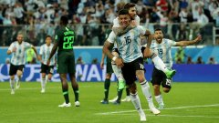 Рохо, Меси и всички останали от Аржентина избухнаха в дива радост след победния гол