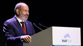 Армения осуети преврат и покушение срещу премиера