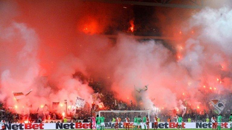 """Сряда, 30 ноември: 20:00 часа: Сент Етиен – Марсилия Не толкова футболно, колкото фенско дерби. И """"зелени"""", и марсилци нямат най-добрия сезон досега, но очакваме стадион """"Жофроа Гишар"""" да се превърне във врящ котел."""
