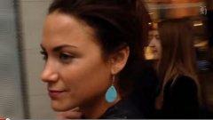 Жена се разхожда в Нова Зеландия и нищо не се случва