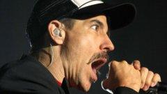 """Беше въпрос не """"Дали?"""", а """"Кога?"""" и """"Red Hot Chili Peppers"""" ще забият на българска земя."""