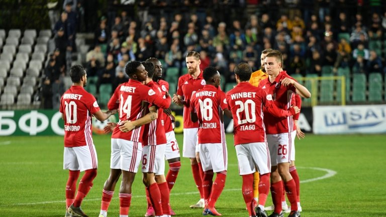 С късни голове ЦСКА си отмъсти на Черно море