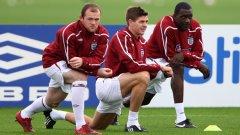 Уейн Рууни, Стивън Джерард и Емил Хески имат голям шанс да играят в една формация на световното в ЮАР