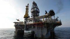 """Вицепремиерът Томислав Дончев не счита за достоверни твърденията, че няма доказателства за наличието на нефт и газ в потенциалното находище """"Хан Аспарух"""" в Черно море."""