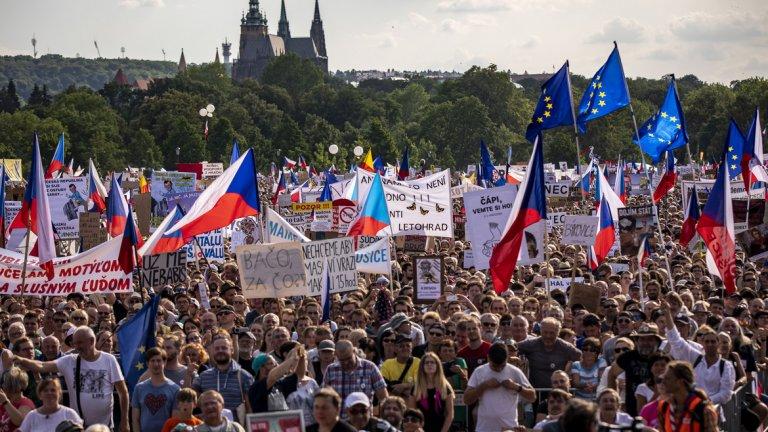 Това е най-големият протест от Нежната революция насам