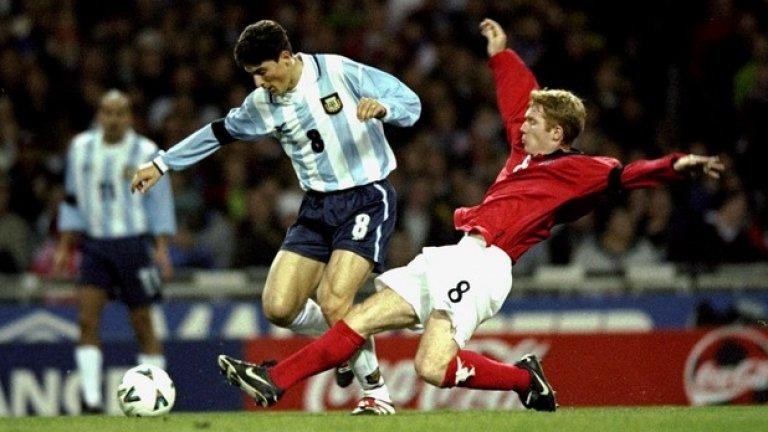 Хавиер Санети носи капитанската лента на Аржентина близо десетилетие, сега се надява да го направи и на световното за легенди.