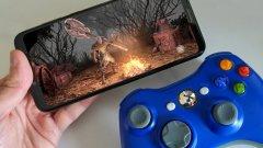 Играенето на мобилни игри с контролер може тотално да промени изживяването