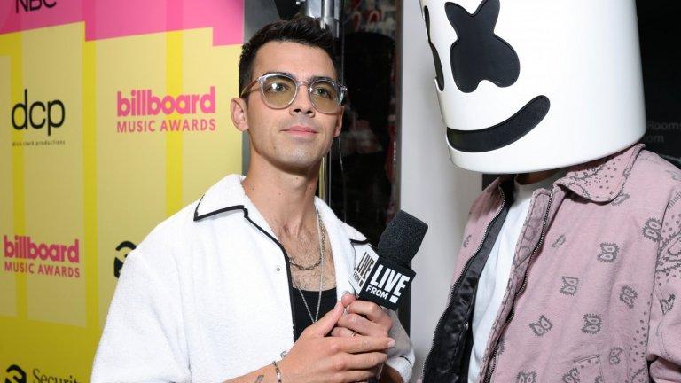 Джо ДжонасДжо Джонас отдавна се е измъкнал от сянката на Disney и е популярен повече със страничните си музикални проекти извън Jonas Brothers, както и със съдийството си в австралийския The Voice. Сега бандата смята да се събере отново и да наложи едно свое по-зряло и пораснало звучене.