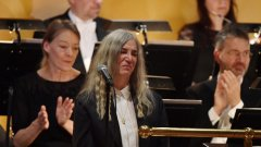Вълнуващото изпълнение на Пати Смит, която взе Нобела на Дилън
