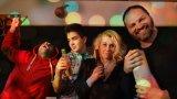 Подкастът за кино на Webcafe.bg този път е посветен на филмите с много алкохол (да е ясно: Пачето само позира, но поради ЕГН-то и под строг родителски контрол не е близвал. За другите не коментираме)