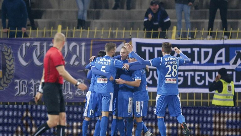 "Левски можеше и да загуби мача, но голът на Буш спаси ""сините"" на ""Герена"""