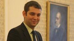 Лидерът на ДБГ Димитър Делчев изрази съжаление от обединението на СДС с ГЕРБ