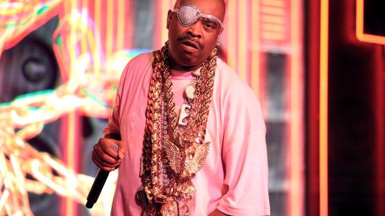 Slick Rick  Роден в Лондон, но израснал в Ню Йорк, Slick Rick без съмнение е едно от имената оставили най-голям отпечатък в ранните години на хип-хоп музиката. Творчеството му е оказало влияние върху хора като Eminem, Kanye West, Beyoncé, Notorious B.I.G, Nas и Snoop Dogg, а той и до момента остава един от най-често семплираните изпълнители в музиката.