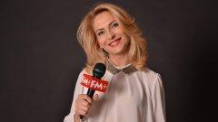 Ива Дойчинова търси специалните места при своите пътувания - и точните песни за тях