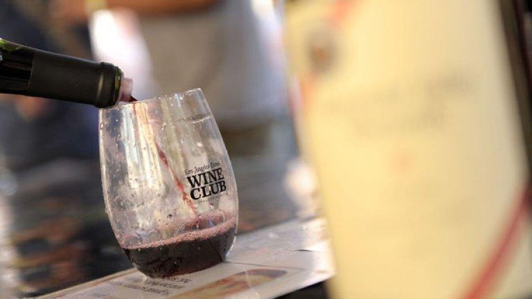 В метафоричен план би могло да се каже, че виното е течна проба на националния манталитет
