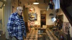 Алберто Перес похарчи над 100 хиляди долара, за да превърне къщата в музей, но не взима нито стотинка от феновете на Диего.