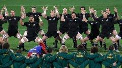 Новозеландците и тяхната хака са една от големите атракции в ръгби спорта.