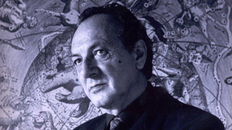 """Любен Дилов-баща е българският достоен представител на големите автори на научна фантастика. Той започва  кариерата си с писане на разкази, които са публикувани във в-к """"Народна младеж"""". Първият му роман, """"Атомният човек"""", е написан в две версии: в първата романът е съобразен с политическата конюнктура по социалистическо време. Във втората текстът е преработен, като главният герой вече е българин, а не американец. Негови класики още са """"Пътят на Икар"""", """"Тежестта на скафандъра"""", комичният """"Незавършеният роман на една студентка"""", """"Демонът на Максуел"""" и др."""