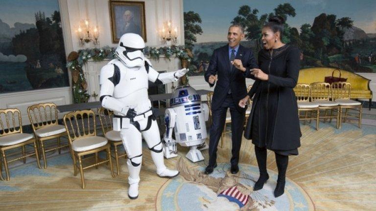 R2D2 и имперски щурмоваци в Белия дом