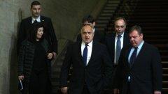 """България не може да се оплаче от липса на руски """"дипломати"""", но не смее да изгони нито един"""