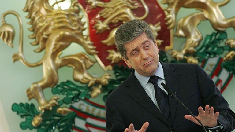 Чии интереси защитава президентът Георги Първанов, когато атакува правото на уседналост в новия Изборен кодекс...