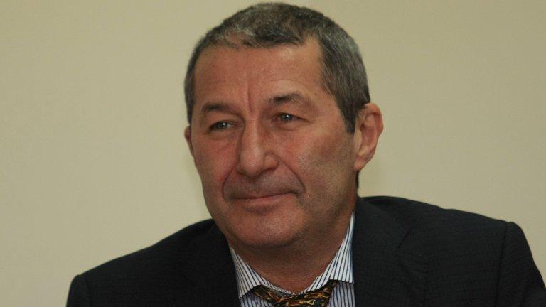 В началото на май икономистът претърпя инцидент с падане от 400 метра в Пирин