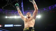 Фюри взе титлите на Уайлдър и се доказа като най-атрактивния боксьор в тежка категория до момента
