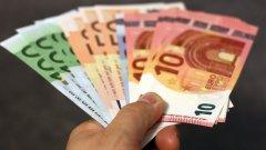 """Държавите от еврозоната и """"чакалнята"""" й ще получат милиарди евро от ЕЦБ за възстановяване от финансовата криза"""