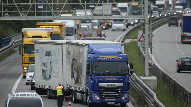 Българските шофьори спряха движението и при Златоград в отговор на протеста на гръцките земеделски производители