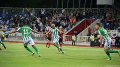 Играчите на Фероникели се радват на гола си срещу Линкълн Ред Импс в края на юни.