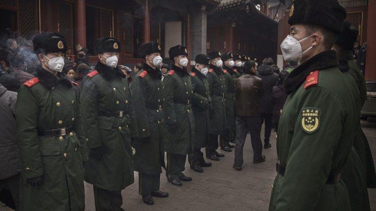 Спорните текстове дават безпрецедентна власт на Пекин върху полуавтономната територия