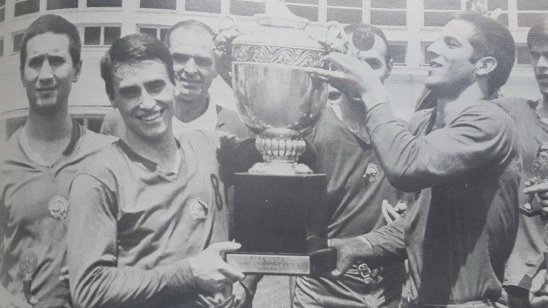 Когато легендарният ЦСКА стъпи на европейския връх във волейбола