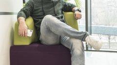 Александър Несторов от SAP пред камерата на Мира Дерменджиева, облечен с Townland от Kaufland
