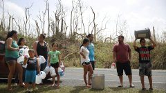 Пуерто Рико има не един, а три големи проблема.