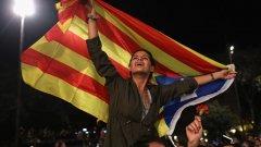 Грешките на Мадрид и Барселона, които доведоха Испания до криза