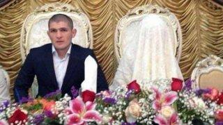 Сватбата му беше скромна за обичаите в Дагестан, а боецът не престъпи мюсюлманските канони и през цялото време булката бе забулена в бяло.