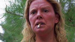 """Една от малкото жени, които са се подлагали на сериозна make up """"операция"""" с цел погрозняване."""