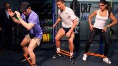 Роналдо отвори фитнес и направи бърза демонстрация